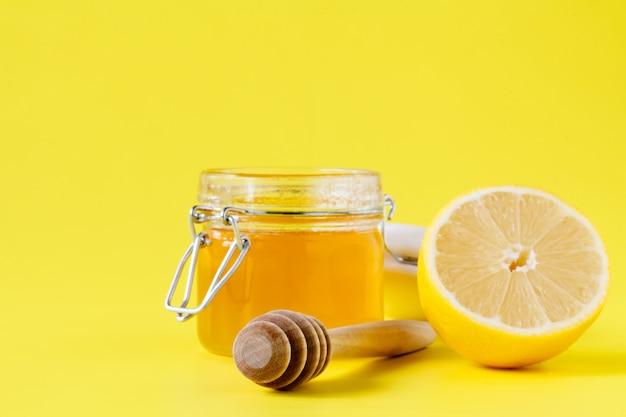 Мед лимонный