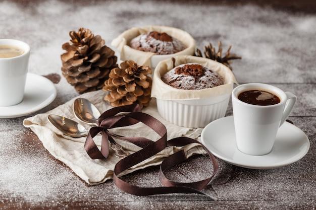 Рождественские шоколадные маффины