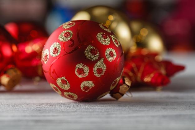 お祝いキラキラクリスマス装飾安物の宝石季節の冬の休日