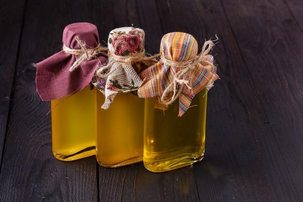 Бутылки с различными видами растительного масла