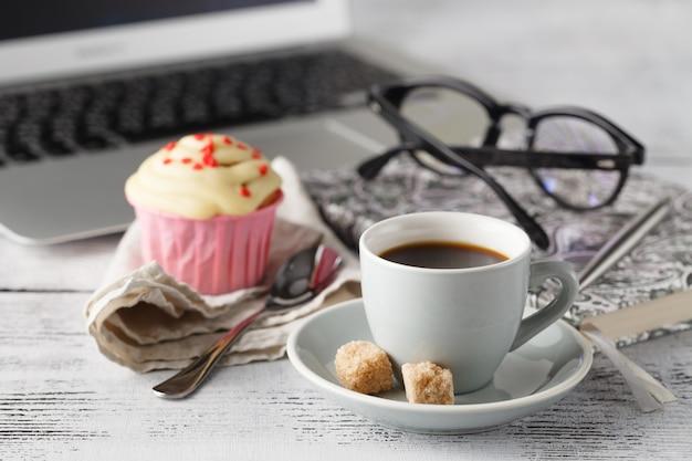 Время перерыва на кофе в офисе
