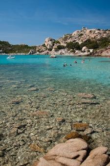 カラコルサラ、スパージの素晴らしい海水