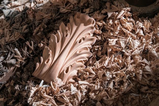 木製家具の装飾用アイテム、チップ内の半製品