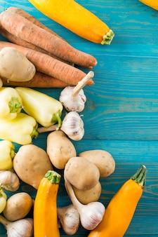 Овощи на столе