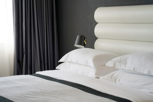 Интерьер спальни отеля