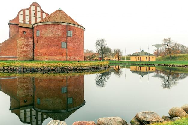 スウェーデンのスコーネ地方のランツクローナ城塞。