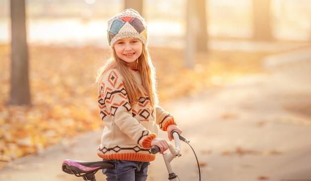 自転車でかわいい子
