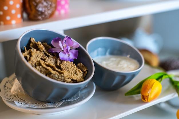 健康的な朝食用シリアルとオート麦