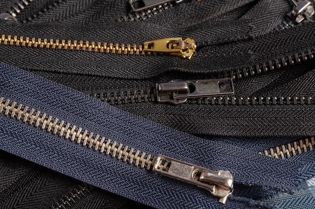 スライダーパターンのブラックネイビーメタルブラスアンティークジッパーストライプをたくさん詰め込む