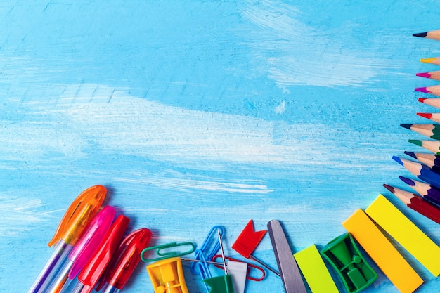 事務用品ペン、鉛筆組成