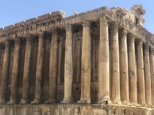 偉大な古代都市バールベックの美しい風景。中東レバノン、ベイルートの近く。