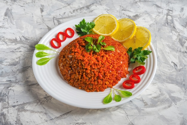 ひよこ豆と野菜のブルガー小麦ピラフ。