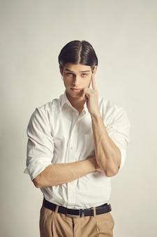 ハンサムな青年実業家の肖像画