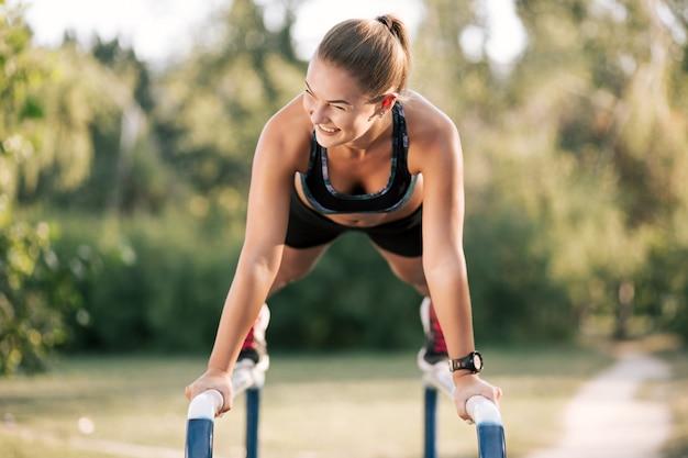 屋外トレーニング運動