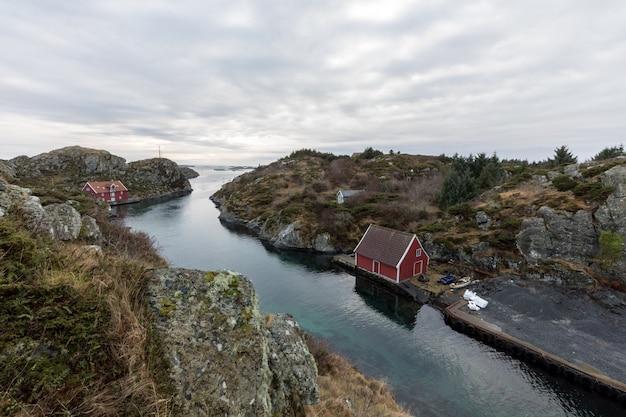 ノルウェーの西海岸にあるハウゲスンのローヴァー諸島。