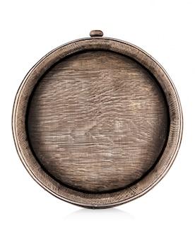 Деревянная старая дубовая бочка