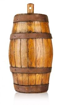 Старая деревянная бочка