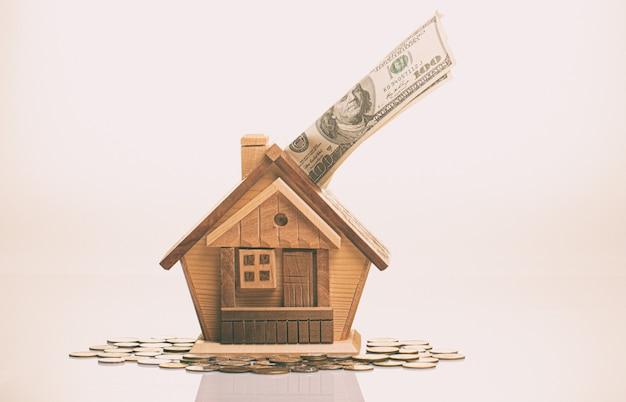 居住用購入住宅のためのお金の蓄積の概念。