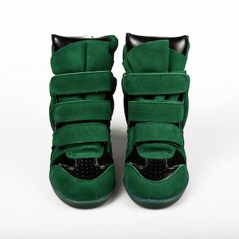 緑のスニーカー