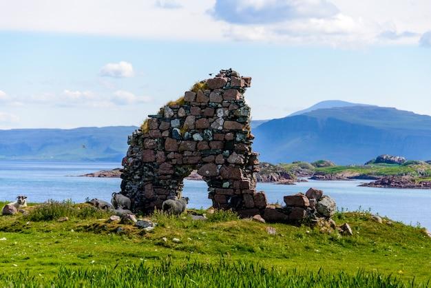 アイオナ島、スコットランド、イギリスのアイオナ修道院。