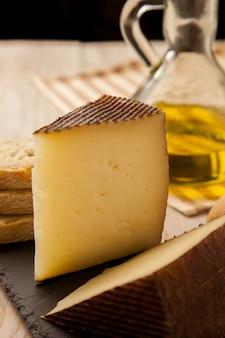 スペイン産のマンチェゴチーズ
