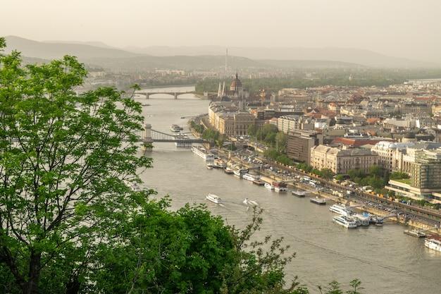 ブダペストの編集画像