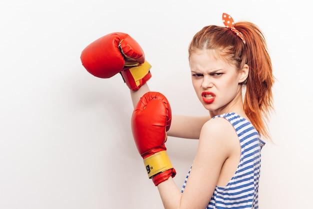 Женские боксерские перчатки