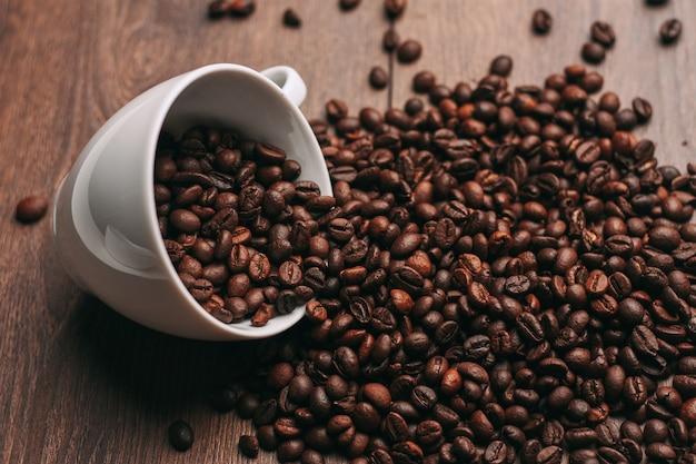 Жареные кофейные зерна