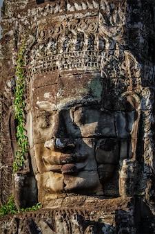 Лицо храма байон, ангкор, камбоджа