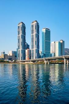釜山の高層ビルと広安大橋、韓国