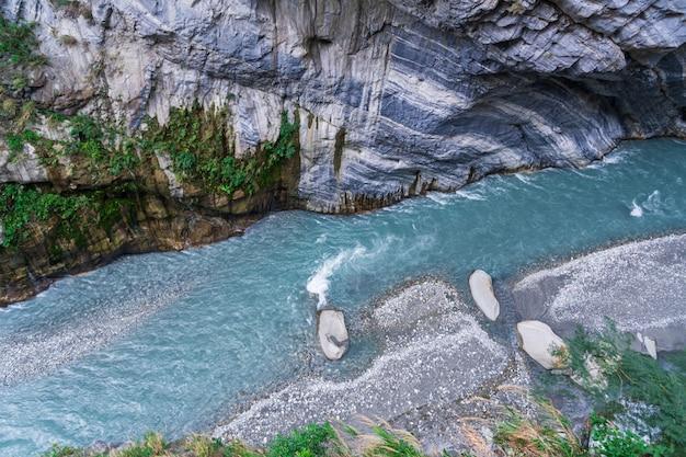 Вид в ущелье тароко, национальный парк тароко, хуалянь, тайвань