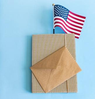 Флаг сша и конверт