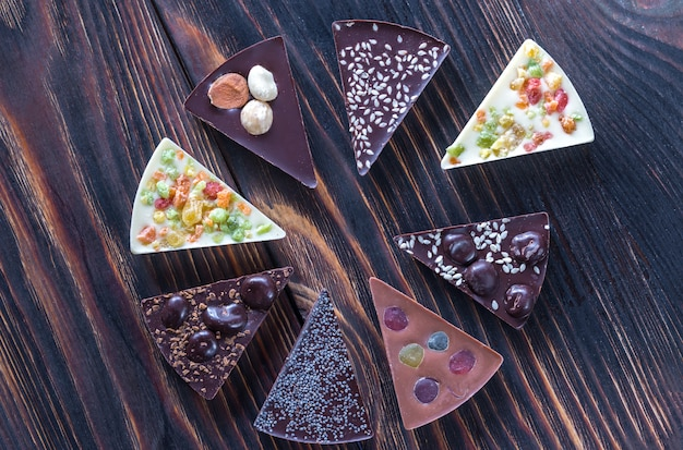 Шоколадные конфеты с разными начинками