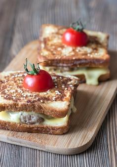 Чизбургер французские тосты