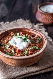 メキシコのスパイシーな赤レンズ豆のシチュー