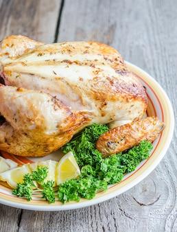 Жареная целая курица