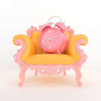 アームチェアにピンクの時計