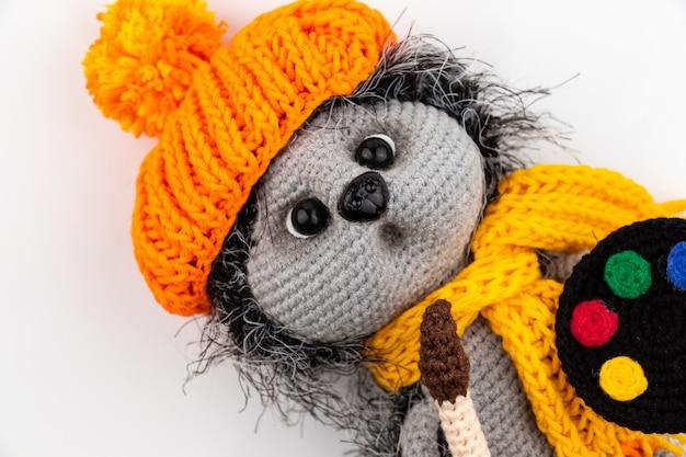 Смешная вязаная игрушка амигуруми ручной работы