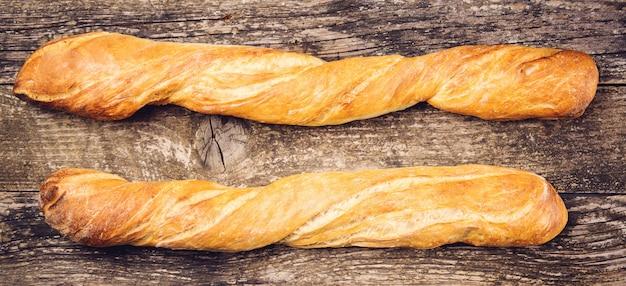 長いフランスのバゲット