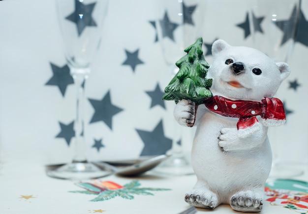 Мишки настольные рождественские