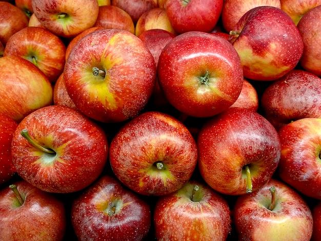 赤いリンゴの背景