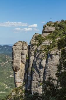 Горы монтсеррат, испания