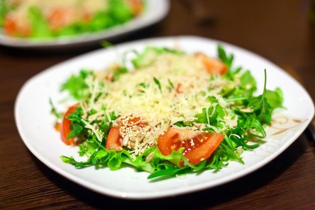ヘルシーフレッシュサラダ