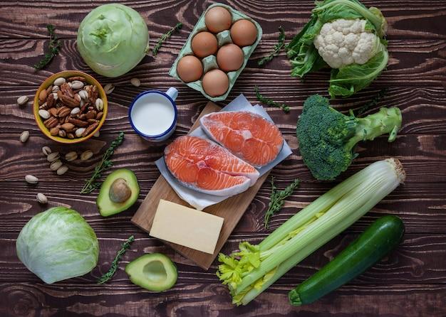 健康的なバランスの取れた食品
