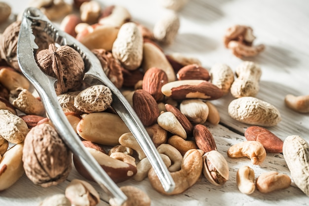 Разные орехи крупным планом