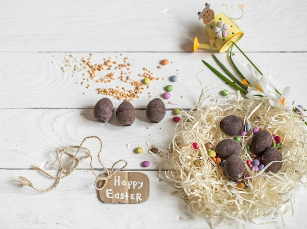 イースターエッグとチョコレートの卵