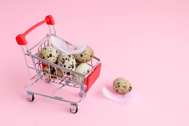 Спермаркет корзина с перепелиными яйцами