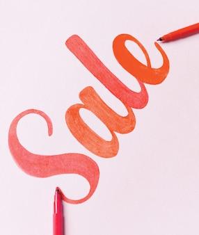 赤い塗られたレタリング販売