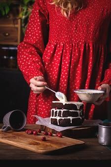 練乳入りケーキ