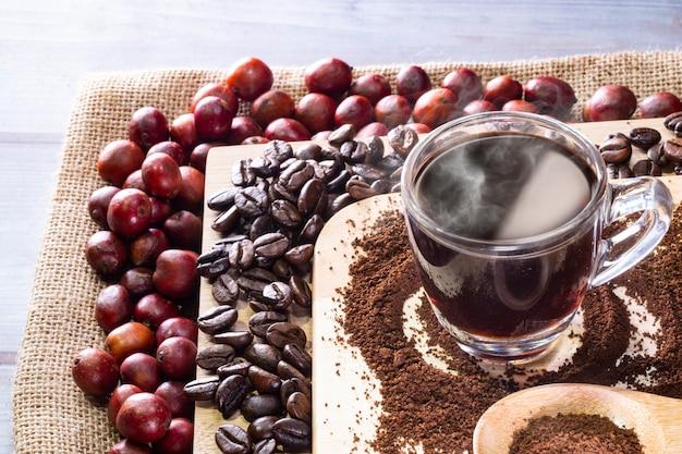 アメリカーノコーヒーとコーヒー豆